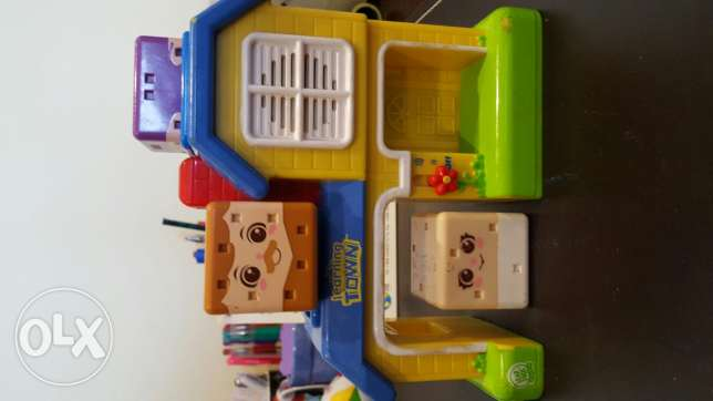 Fisher price learning town house for toddlers