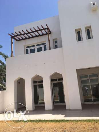 Villa for sale in the Wave Muscat