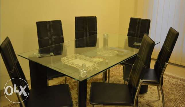 6 seater dining table مسقط -  1