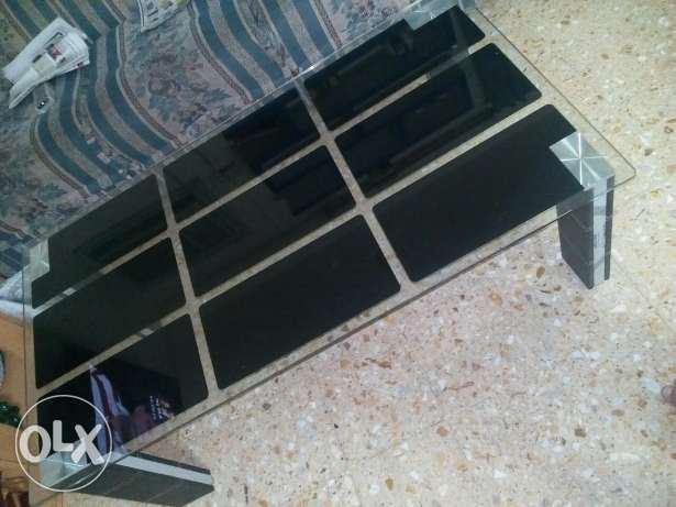 Urgent Sale - centre Table مسقط -  3