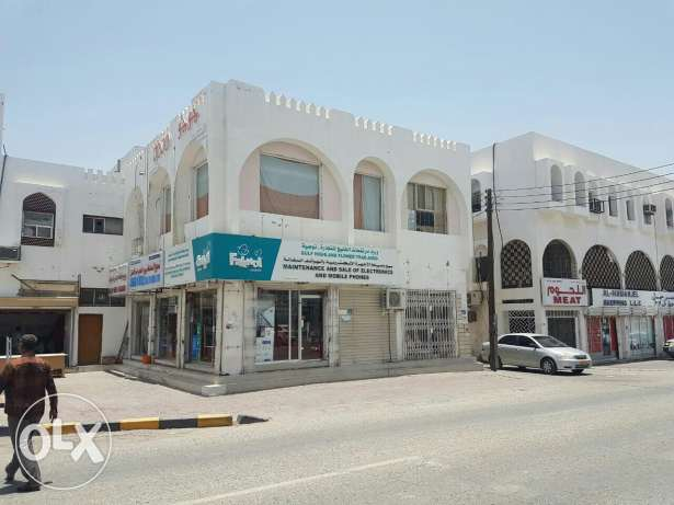 Mobile shop for sale in amerat souk opposite muscat pharmacy
