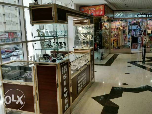 Silver jewellery kiosk for Sale السيب -  3