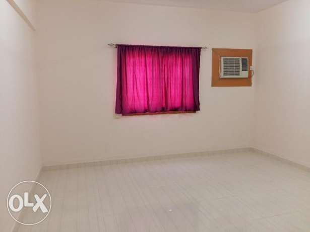 Excutive bachelor Room with A/c for rent near al khoud souk