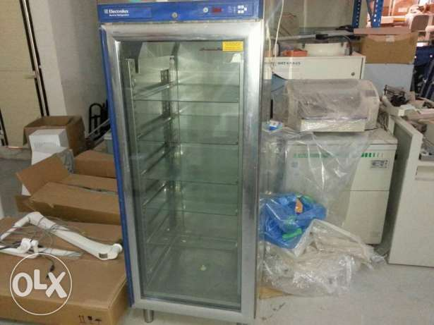 lab fridge with shelves and door glass