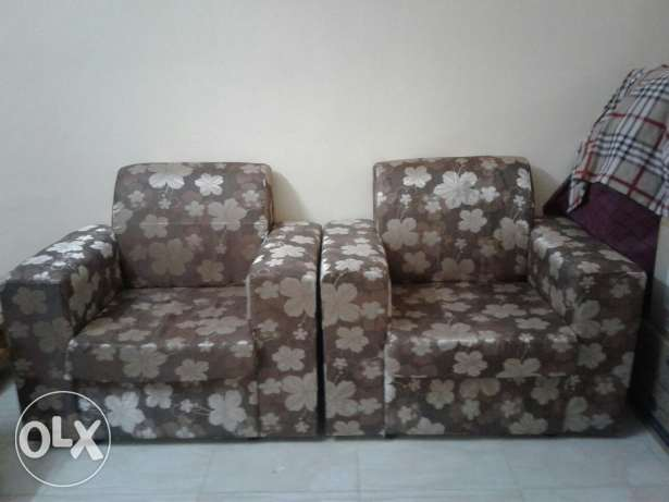 Sofa set ( 7 seater)