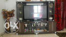 Urgent sale Tv cabinet for sale in good condition in discounted price