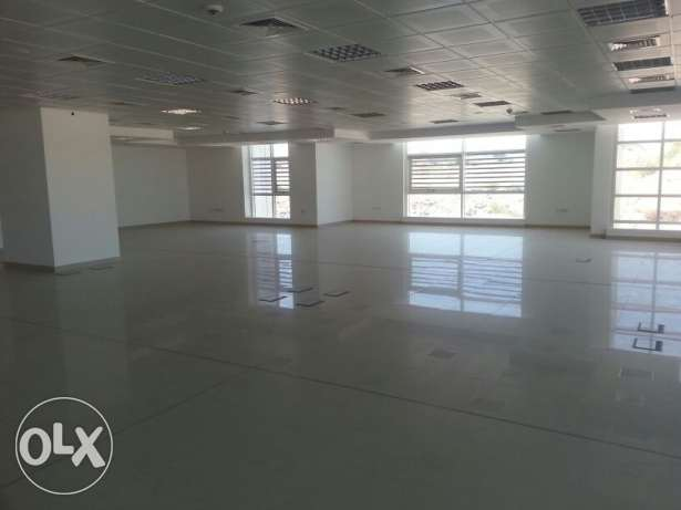 Brand new office space for rent in ghala مسقط -  2
