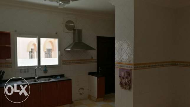 AlKhuir 33 three bedroom Apartment السيب -  4