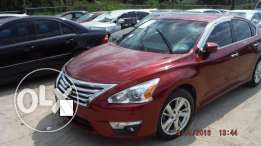 Imported 2013 Nissan Altima Full option (PRICE NEGOTIABLE!)