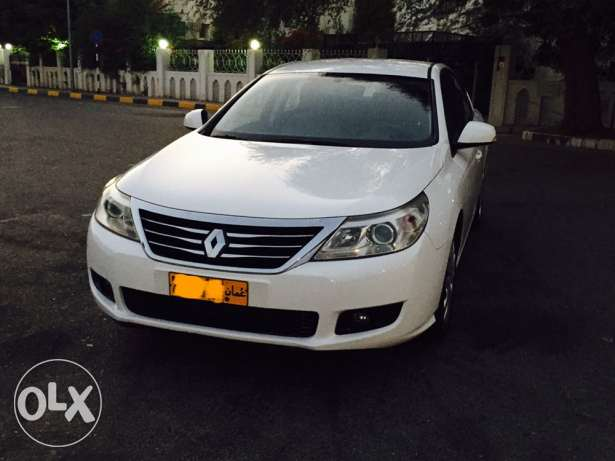 2012 Renault Safrane Expat used in excellent condition service history مسقط -  3