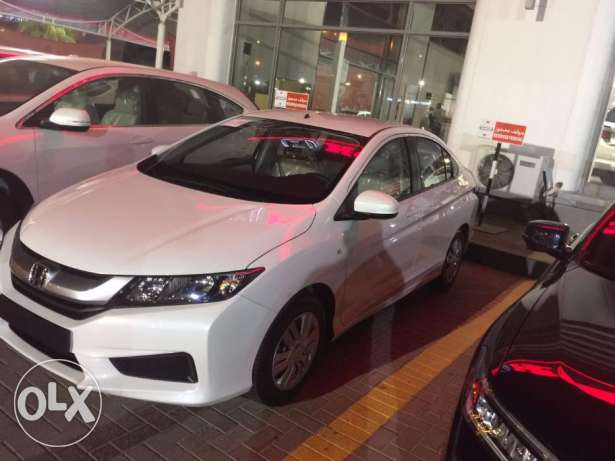 Nissan Weekend offer for limited time for rent a car in muscat very lo مسقط -  7