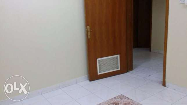 One Bedroom with separate bathroom sha. kitchen Rawasco Al Khuwair. مسقط -  2