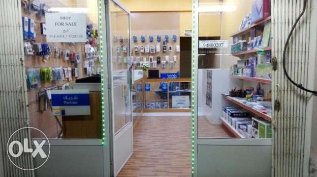 Shop for sale (Running Computer & Mobile Business) مسقط -  2