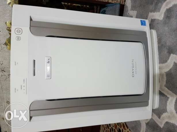 Hardly used Air purifier for selling (120 omr is shop price)