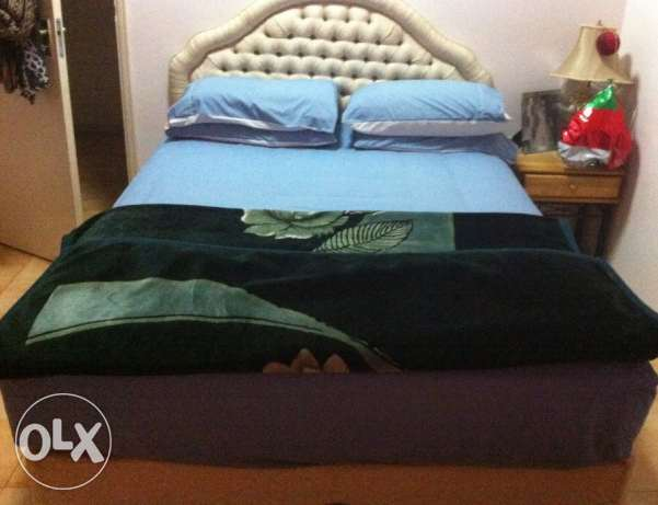 Queen size double bed السيب -  3