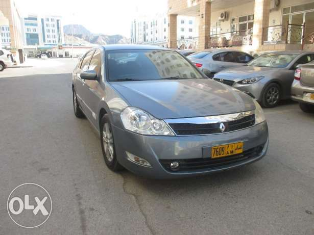 Renault Safrane 2.0 Expat Driven maintained in Good condition روي -  1