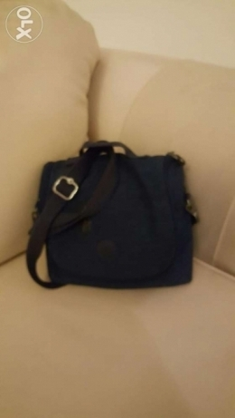 Darkblue Kipling lunch box