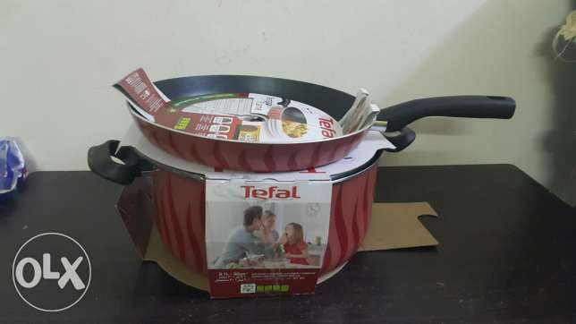 tefal cookware . OMR 30