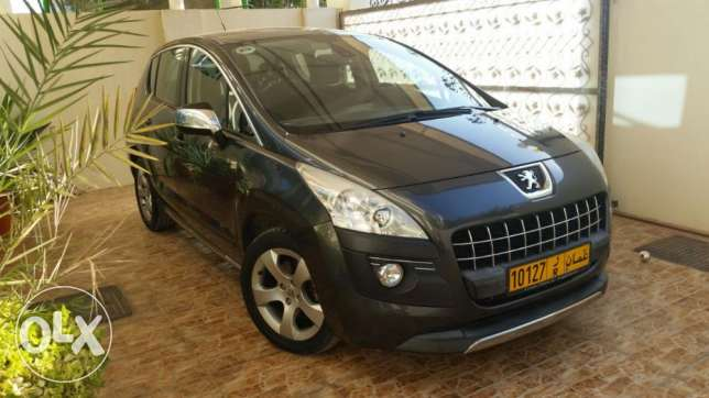 Peugeot 3008 like new 2013 Low mileage. مسقط -  3