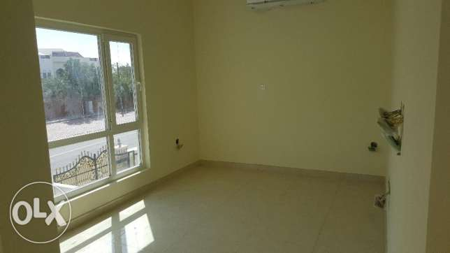 4/7 bedrooms New High Quality Twin Villa for RENT in Qurum 29 مسقط -  7