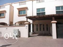 Madinat Al Ilam - 5 Bedroom Villa For Rent