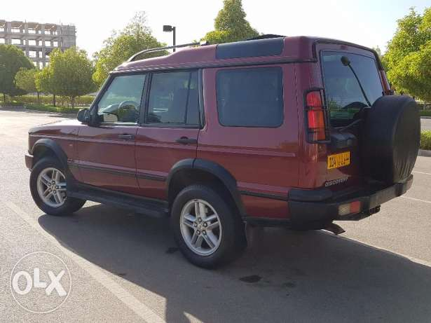 LAND ROVER DISCOVERY 2003 double roof full option with leather seats مسقط -  3