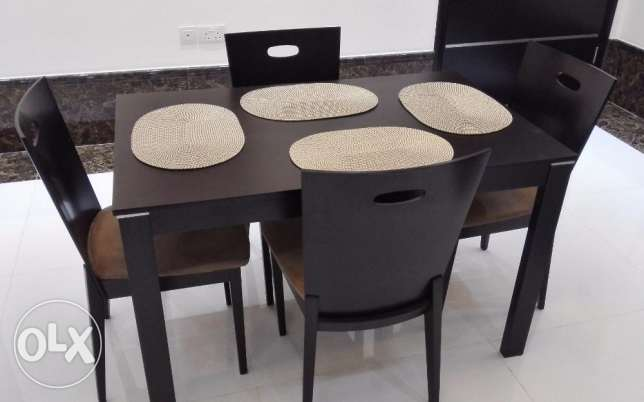 Dining Table with 4 Chairs مسقط -  1