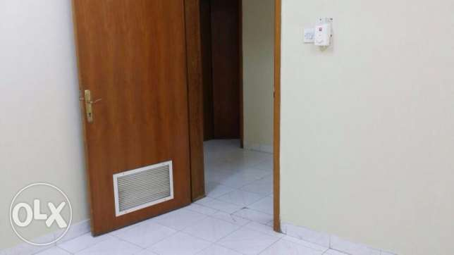 One Bedroom with separate bathroom sha. kitchen Rawasco Al Khuwair. مسقط -  8