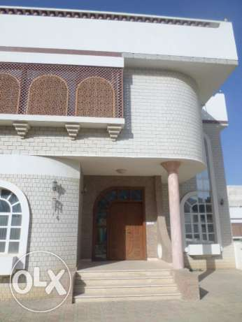 4 BR Amazing Villa in Rabyat al Qurum in a compound