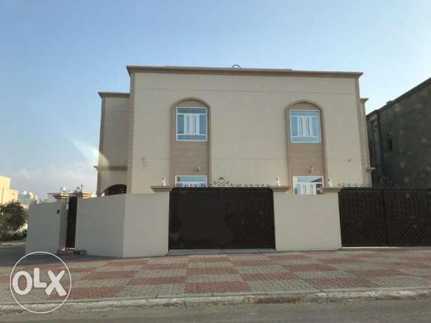 KP 858 Villa 5 BHK in Mawaleh South for Rent مسقط -  1