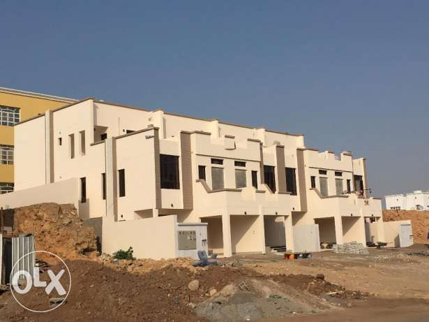 w1 brand new 4 villas for rent in al ansab phase 4 بوشر -  1