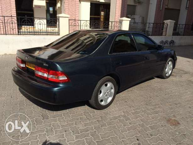 Lexus 300 for sale مسقط -  3
