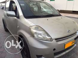 2009 diahatsu sirion full automatic 1.5 golden color but paint fade