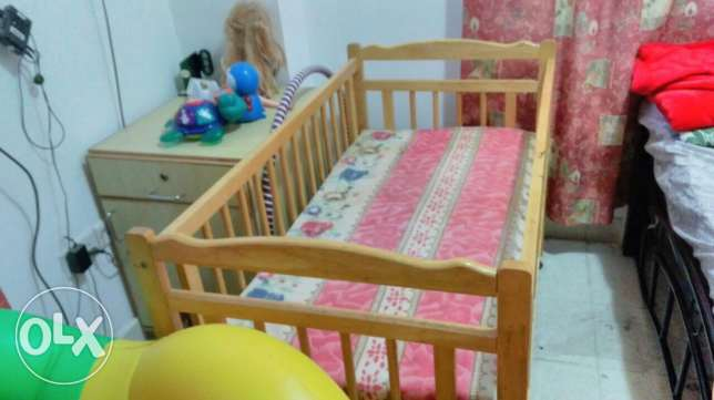 Furniture items for urgent sale in mutrah