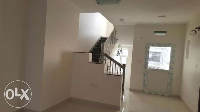 brand new villa for rent in al ansab 4 بوشر -  5
