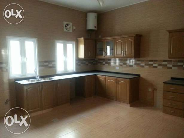 V.Brand New 5BHk+1Maid Villa For Rent In Bousher Muna With Pool بوشر -  8