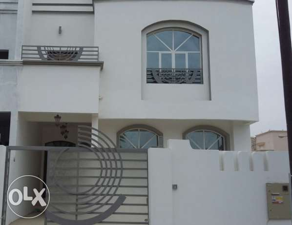 new and nice villa for rent in alhail south السيب -  1