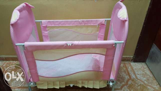 baby cot for sale السيب -  4