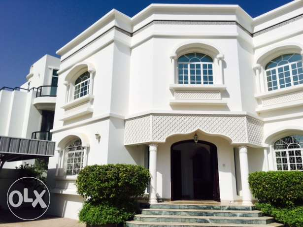 Shatti Qurum 6 BR private villa for rent. مسقط -  1
