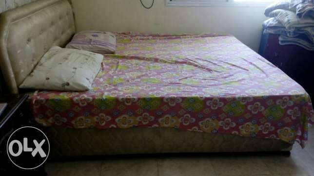 King size khat with mattress مسقط -  2