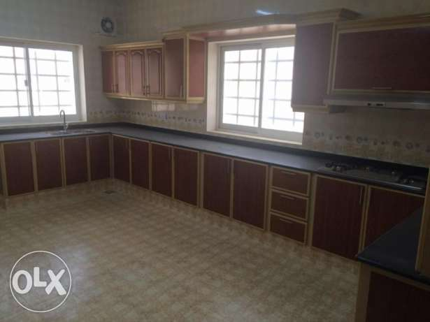 Mawaleh South - 5 Bedroom Villa For Rent مسقط -  3
