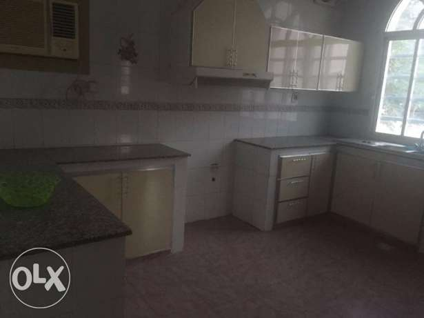 villa for rent in al ghobra بوشر -  5