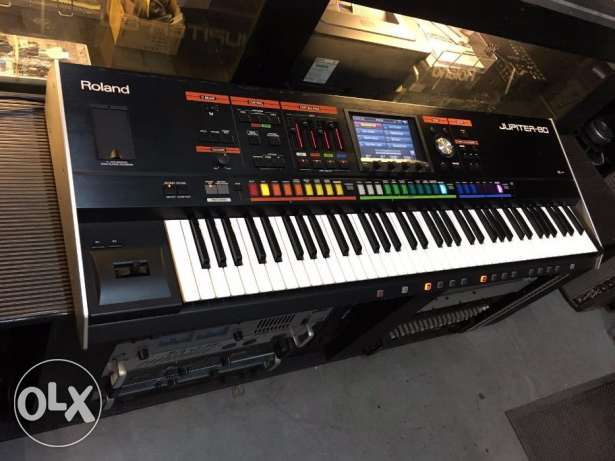 Roland Jupiter 80 keyboard 76 Ke