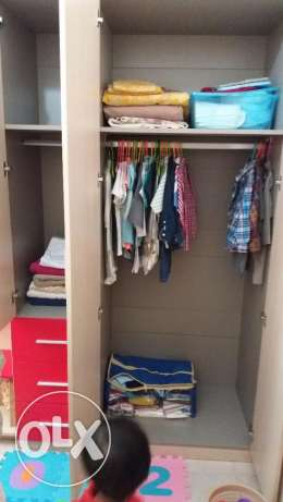 4 door kids wardrobe مسقط -  3