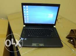 Toshiba satellite R830.