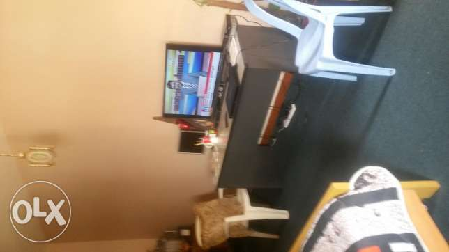 Big room with balcony and bathroom for rent oposit muscat pharmacy