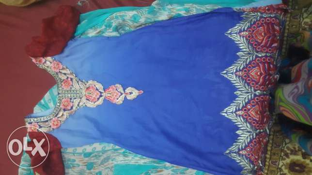 Indian dress for sale very nice colour if you want WhatsApp me now low