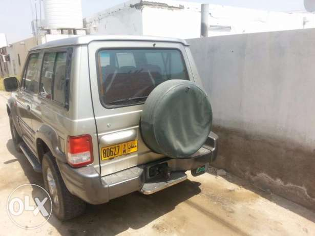 Hyundai Galloper - 4 wheel drive and very clean, everything is working العامرّات -  3