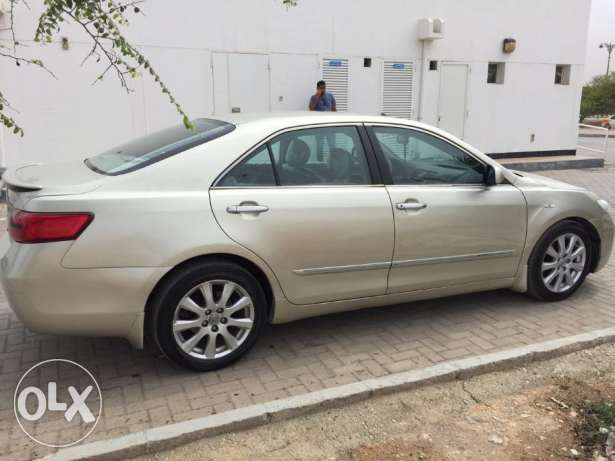 Toyota Camry Fully Automatic for Urgent Sale صلالة -  7