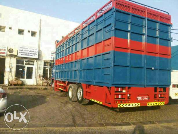Trucks Gud conditions for sale مسقط -  2